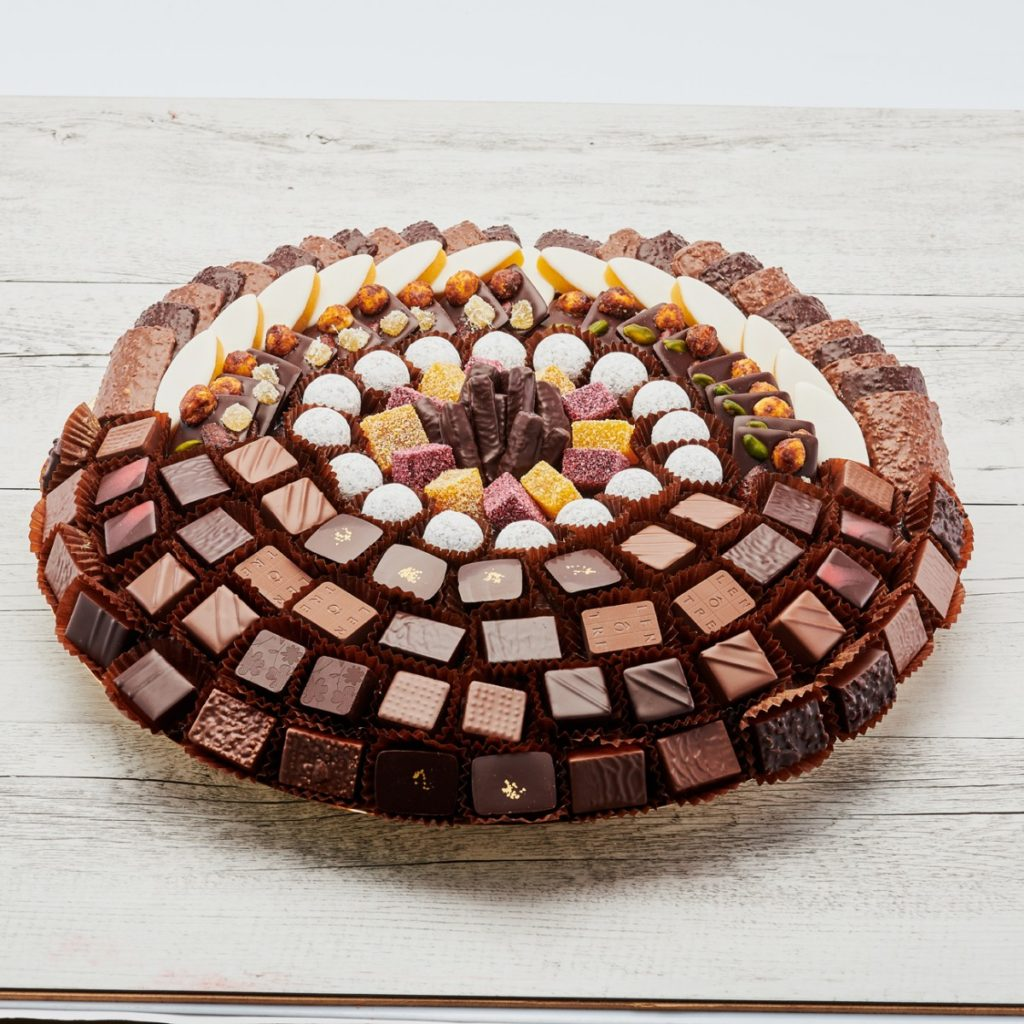 Un superbe plateau de chocolats signé Lenôtre.